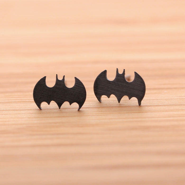 BATMAN stud earrings, in black - girlsluv.it