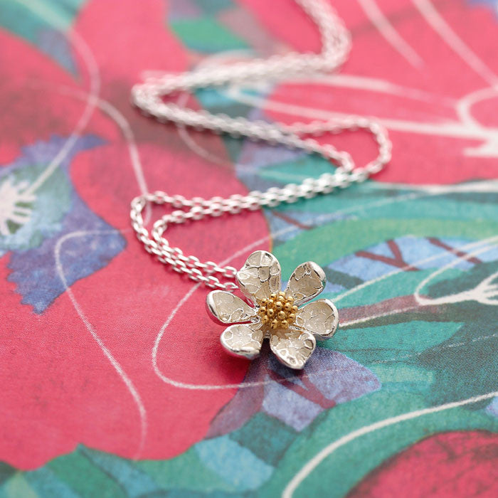 DAISY with gold beads necklace, in silver - girlsluv.it