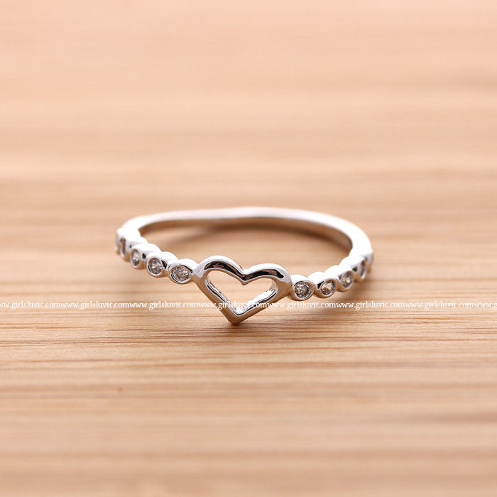 Girlsluv It Heart Ring With Crystals Decorated