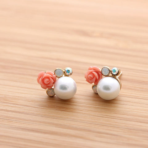 pearl earrings with rose - girlsluv.it