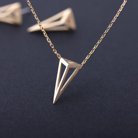 3D triangle shaped necklace, 2 colors - girlsluv.it