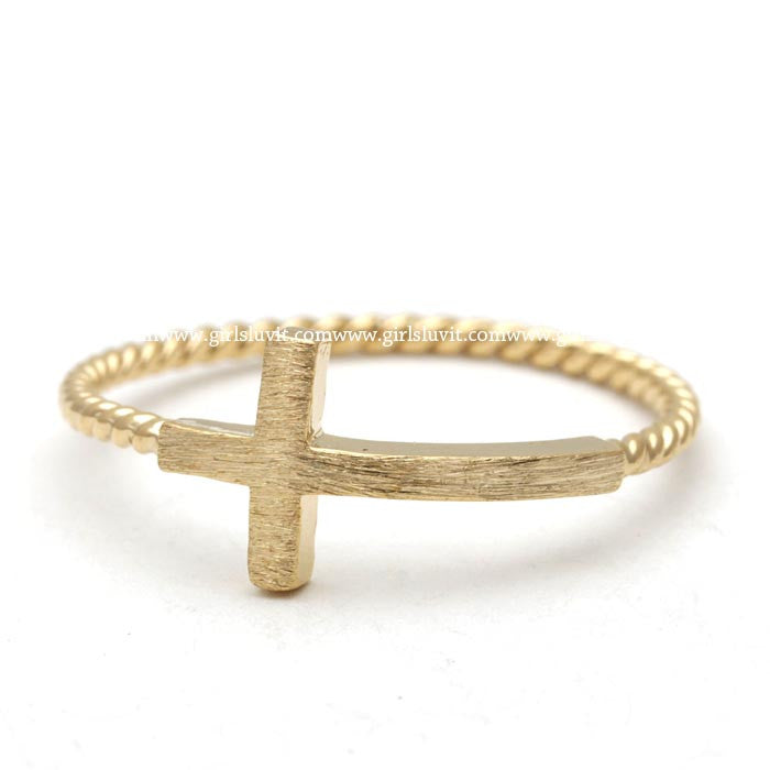 sideways cross ring, twisted - girlsluv.it  - 1