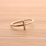 SIDEWAYS CROSS ring with twisted band, in gold - girlsluv.it  - 2