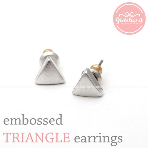 embossed TRIANGLE stud earrings, 3 colors - girlsluv.it  - 1
