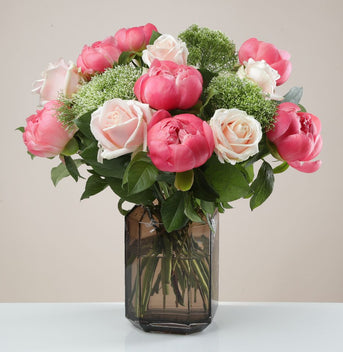The Blush 'Bestie' Bouquet