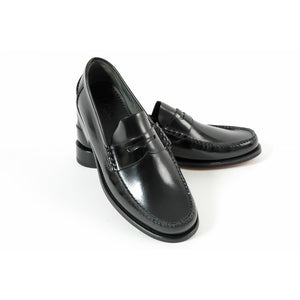 LOAKE Princeton Moccasin shoe - Black - Top View