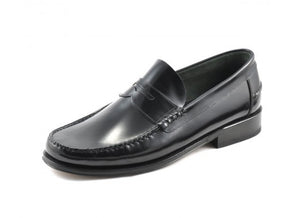 LOAKE Princeton Moccasin shoe - Black - Angle View 2