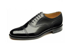 LOAKE 201B Simple Brogue shoe - Black- Angle View 1