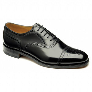 LOAKE 201B Simple Brogue shoe - Black- Angle View 2
