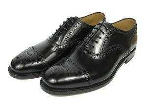 LOAKE 201B Simple Brogue shoe - Black- Top View