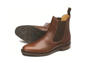 LOAKE Blenheim Stylish Chelsea Boots - Brown waxy - Side View/Sole