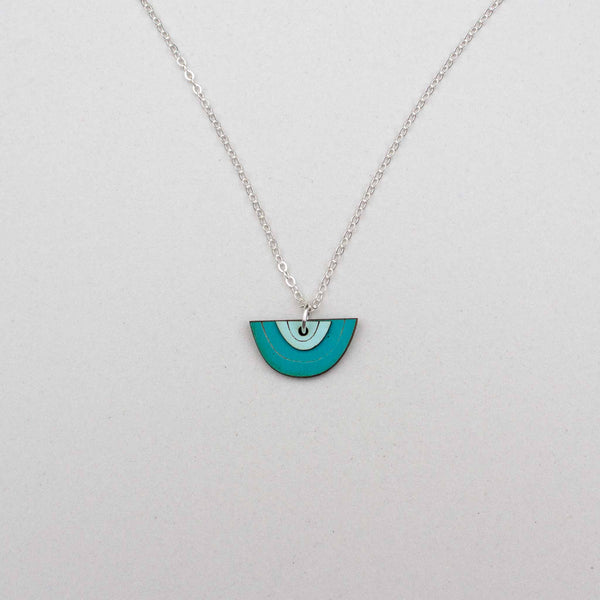 Mini Horizon Necklace