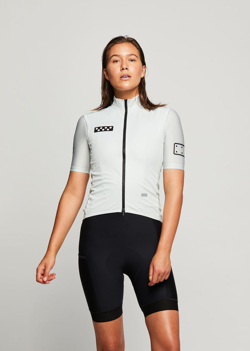 BOLD / Women's WindTECH Gilet - Off White