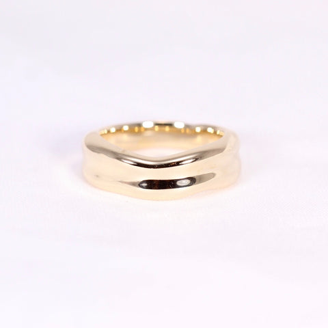 mend contemporary organic handmade bespoke wedding ring in gold