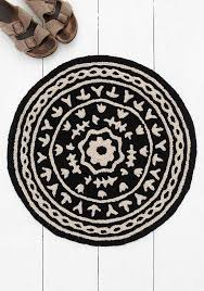 Round Rug Black & Cream Mandala