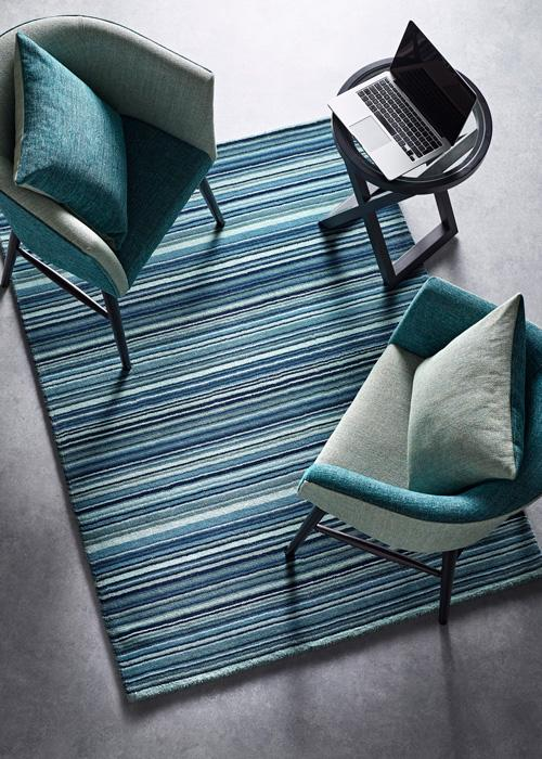 Fine Stripes Collection Blue luxurious rug