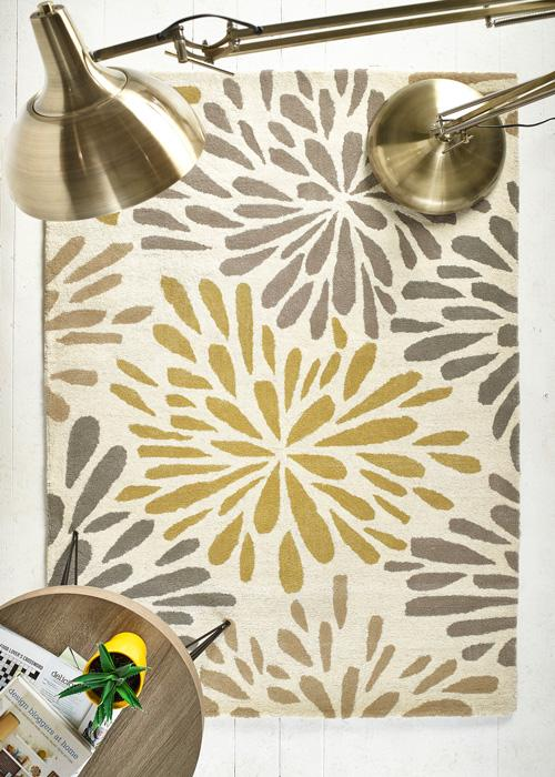 Flowerburst Collection Grey luxurious rug