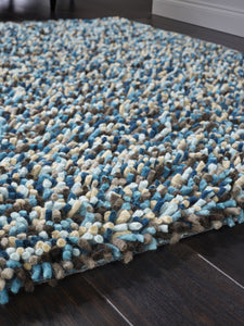 Rocks Saggy Collection Blue luxurious rug