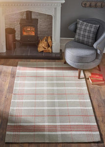 Winnie Collection Red luxurious rug