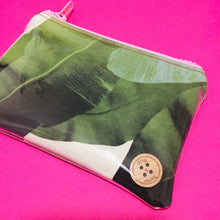 Load image into Gallery viewer, Banana Leaf - Coin Purse