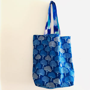 Country Garden Blue Trees - Maxi Reversible Tote