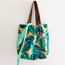 Load image into Gallery viewer, Ochre Leaves - Maxi Reversible Tote with matching Tie
