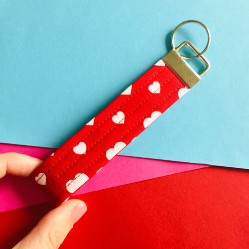 Wristlet Key Fob - Red Hearts