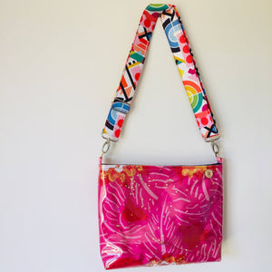 Pinky Floral - Pouch Plus+ Strap