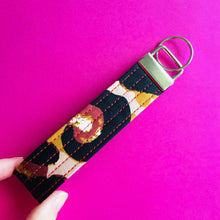 Load image into Gallery viewer, Wristlet Key Fob - Leopard