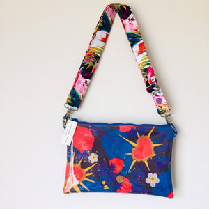 Sweet Thorns Purse Plus+ with adjustable strap