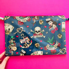 Load image into Gallery viewer, Seas The Day Purse Plus+ Strap
