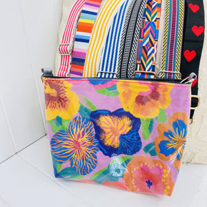 Customisable Pouch Plus+ - Pansy