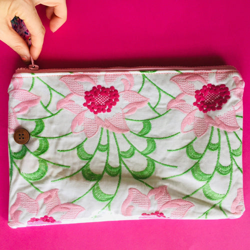 Embroidery Floral - Clutch