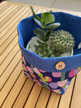 Load image into Gallery viewer, Planter - Potty about Plants
