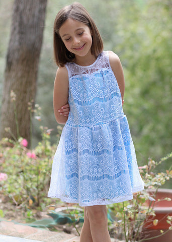 ElisaB Allover Lace Sweetheart Dress in White and Blue sz 7 only