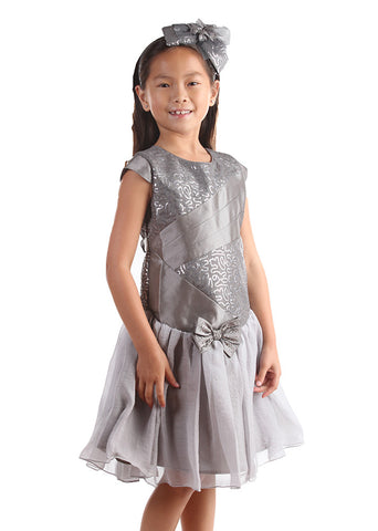 Isobella and Chloe Madison Ave Dress in Silver