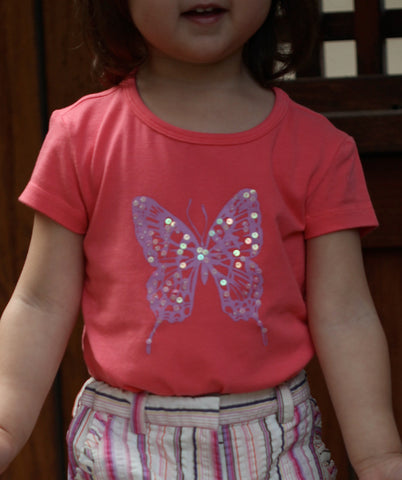 One Kid Papillon Butterfly Top in Hibiscus sz 6x only