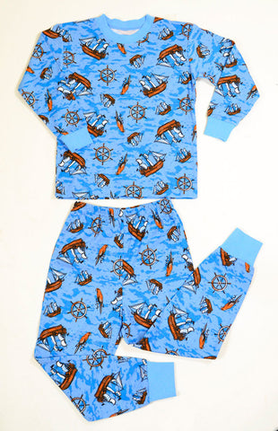 Sara's Prints Long Sleeve Pirates and Parrots Pajamas sz 6 only