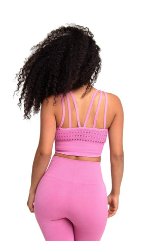 Booty looks so good wearing Performance Activewear Sports Bra Pink | ThiqActive