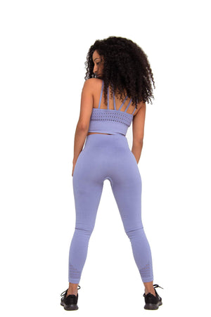 Look back it wearing Performance Seamless Booty Leggings in Grey | ThiqActive