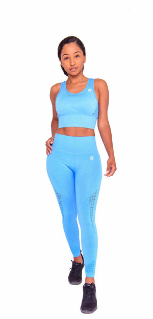 Feel so comfortable in my Performance Seamless Booty Leggings Ocean Blue | ThiqActive