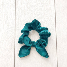 Load image into Gallery viewer, Emerald Bow Scrunchie