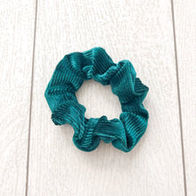 Load image into Gallery viewer, Emerald Scrunchie