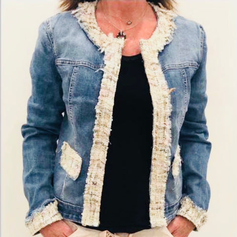 Light weight stretch summer jacket. Very comfortable by Canadian Dolcezza.  The design of the jacket is inspired from Irena Orlov and her interpretation of the beauty of the world. Chanel 75% CottonDenim Jacket with Tweed Border Details Chanel Style