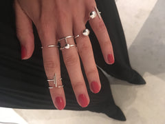 Ring styling with VERA VEGA
