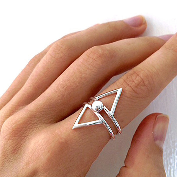 Silver VERA VEGA woman's ring, Danish design jewellery, woman's hand with silver ring