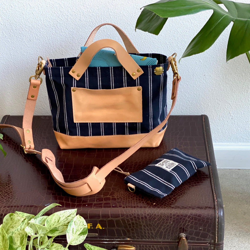Analogue Bag || Navy Stripe