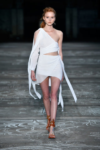 bec and bridge runway mbfwa16