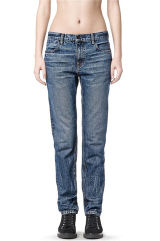 002 Relaxed Fit Jeans