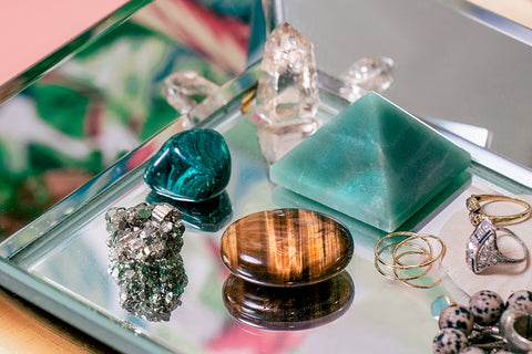 5 Crystals for Money, Wealth and Prosperity + How to Use Them